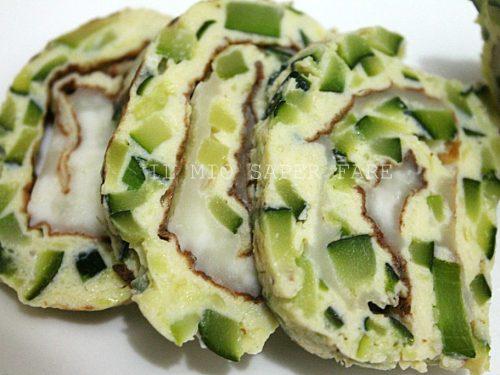 Rotolo freddo di zucchine uova e mozzarella