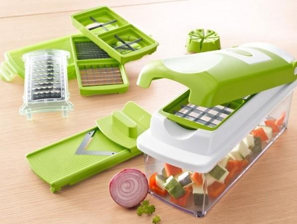 Taglia frutta e verdura a cubetti