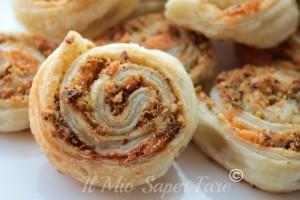 Girelle al Salmone e Pistacchi ricetta per antipasti