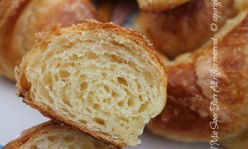 Cornetti sfogliati del bar | Come fare i croissant