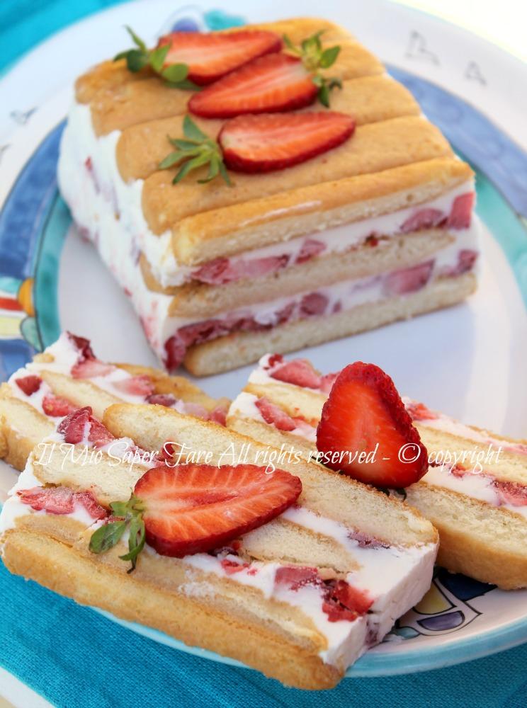 Torta semifreddo panna e fragole dolce senza cottura - Differenza panna da cucina e panna fresca ...