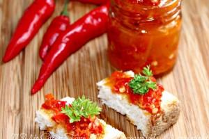 Crema peperoncini piccanti conserva facile