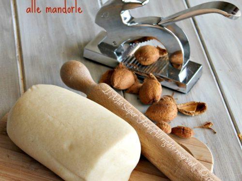 Pasta frolla mandorle e limone ricetta senza uova