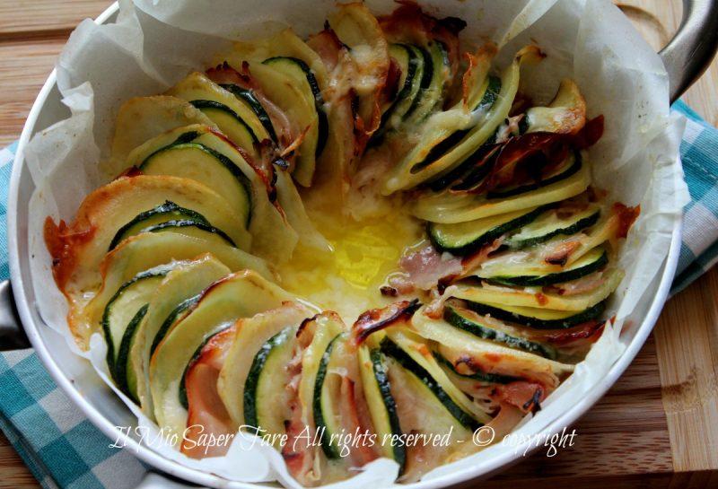 Zucchine patate al forno filanti e gustose
