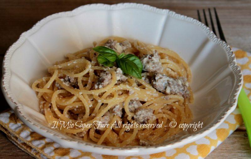 Pasta ricotta e salsiccia primo piatto veloce