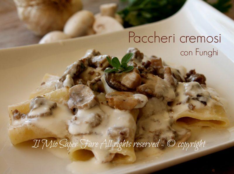 Paccheri funghi e salsiccia cremosi ricetta senza panna