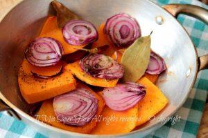 Zucca al forno con cipolla ricetta autunnale leggera e gustosa