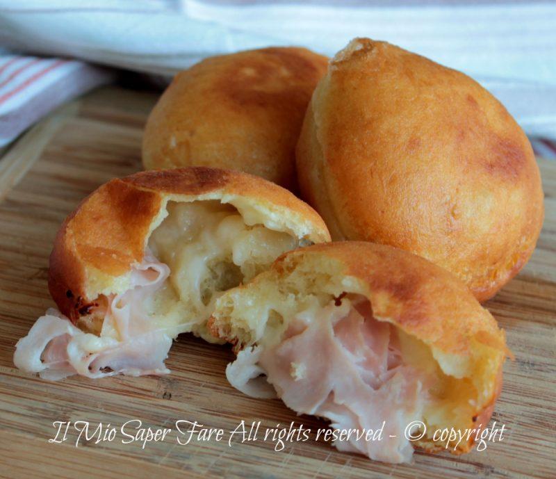 Bomboloni salati fritti ripieni | Impasto brioche con patate