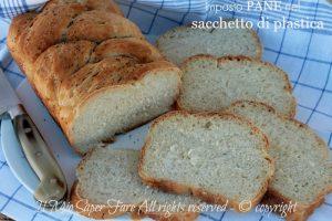 Impasto pane nel sacchetto di plastica senza sporcare le mani