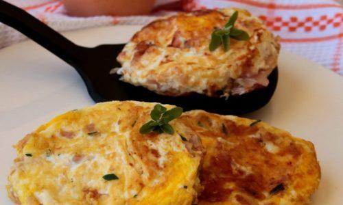 Uova spumose con prosciutto cotto ricetta salva cena economica