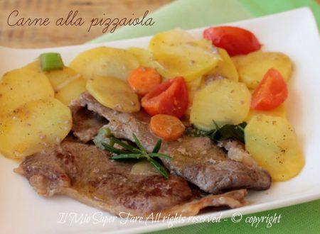 Carne alla pizzaiola con patate tenera e gustosa