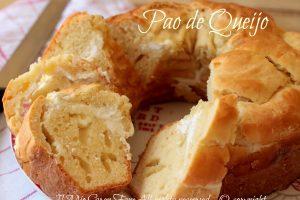 Torta salata formaggiosa | Ricetta Pao de Queijo