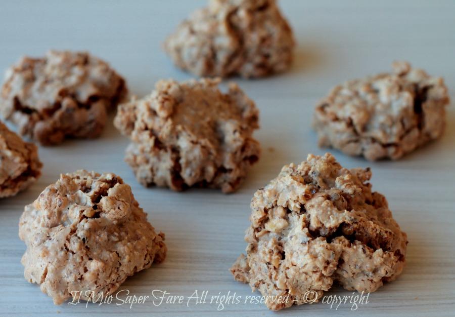 Brutti ma buoni ricetta facile biscotti alle nocciole e albume il mio saper fare