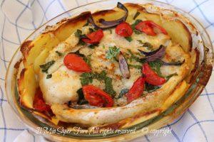 Tian di patate con pesce persico | Ricetta facile con pesce persico