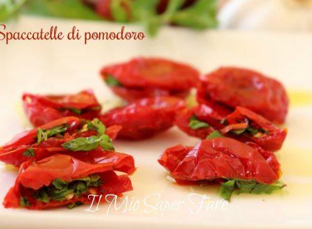 Spaccatelle di pomodoro ripiene sott'olio ricetta pugliese