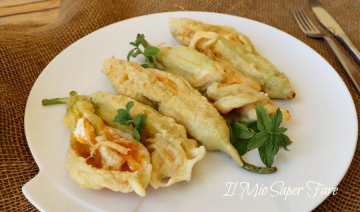 Fiori di zucca ripieni ricotta e menta fritti in pastella o cotti in forno il mio saper fare
