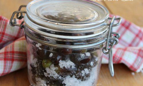 Olive nere sotto sale   Come salare le olive per conservarle