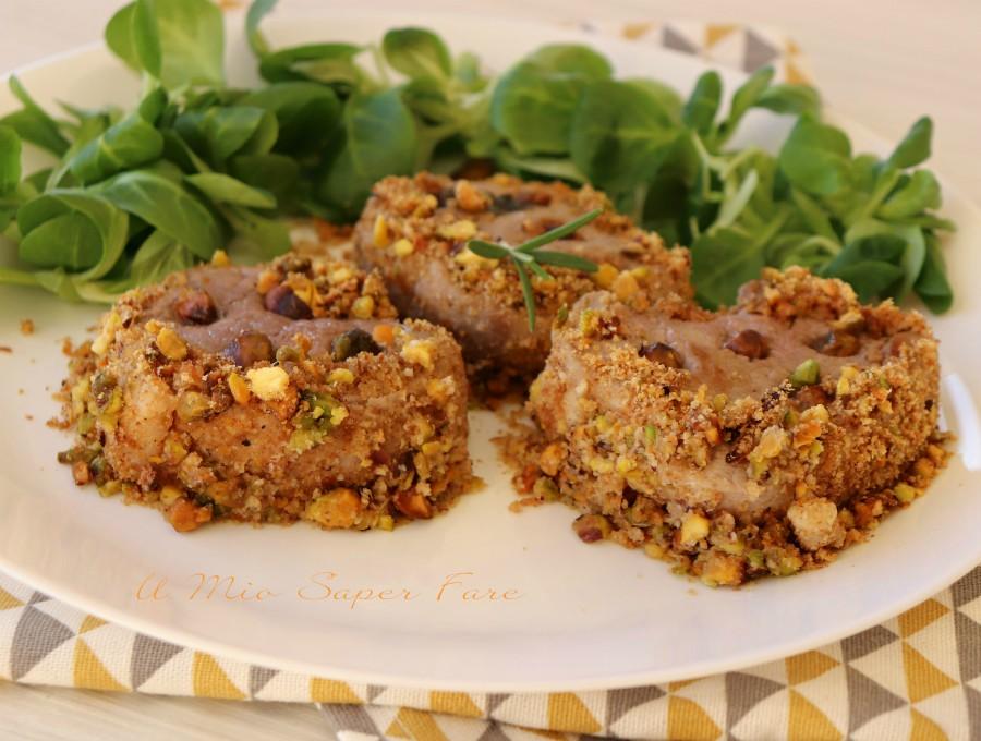 Filetto di maiale in crosta di pistacchi cotto in padella ricetta il mio saper fare