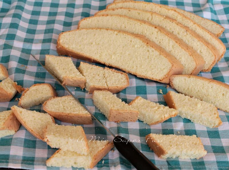 Biscotti pan di spagna inzupposi dorati e croccanti ricetta il mio saper fare