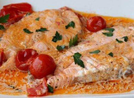 Salmone alla panna con pomodorini