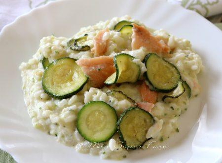 Risotto zucchine e salmone cremoso facile e gustoso