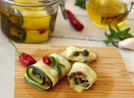 Rotolini di zucchine sott'olio