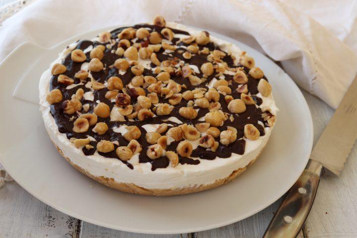Torta semifreddo panna e nocciole ricetta il mio saper fare