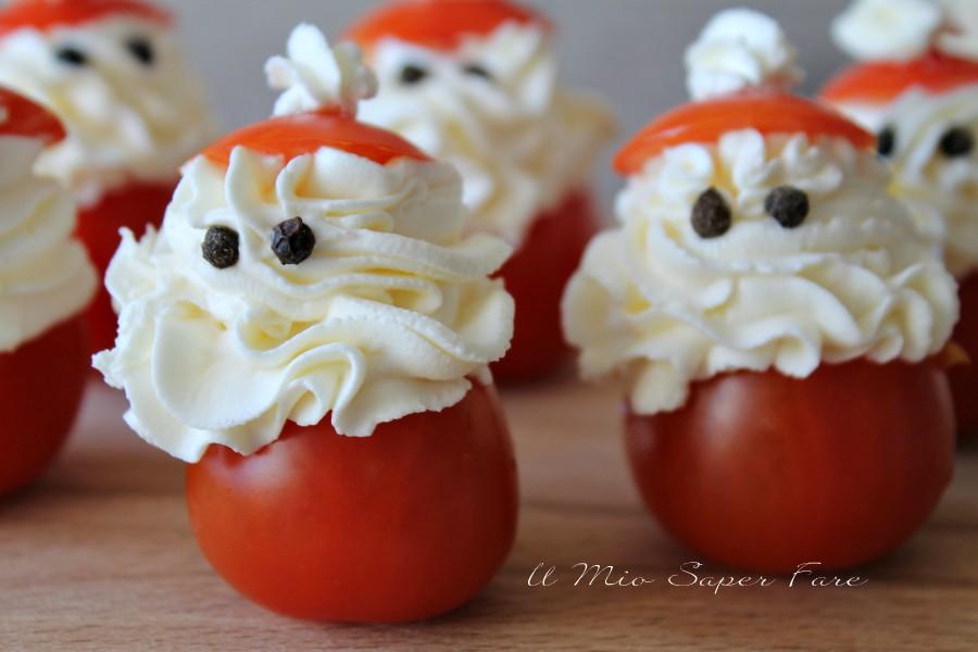Antipasti A Forma Di Babbo Natale.Pomodori Ripieni Babbo Natale