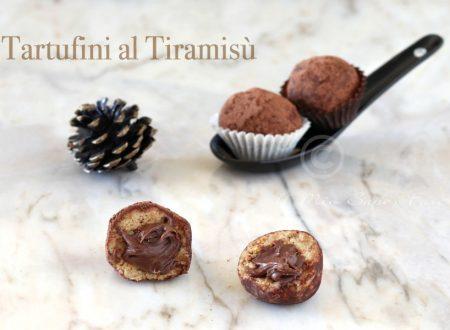 Tartufini tiramisu ripieni di Nutella