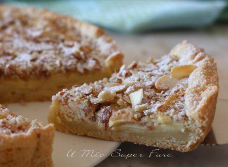 Crostata di mele ricetta con pasta frolla e crema alle mandorle