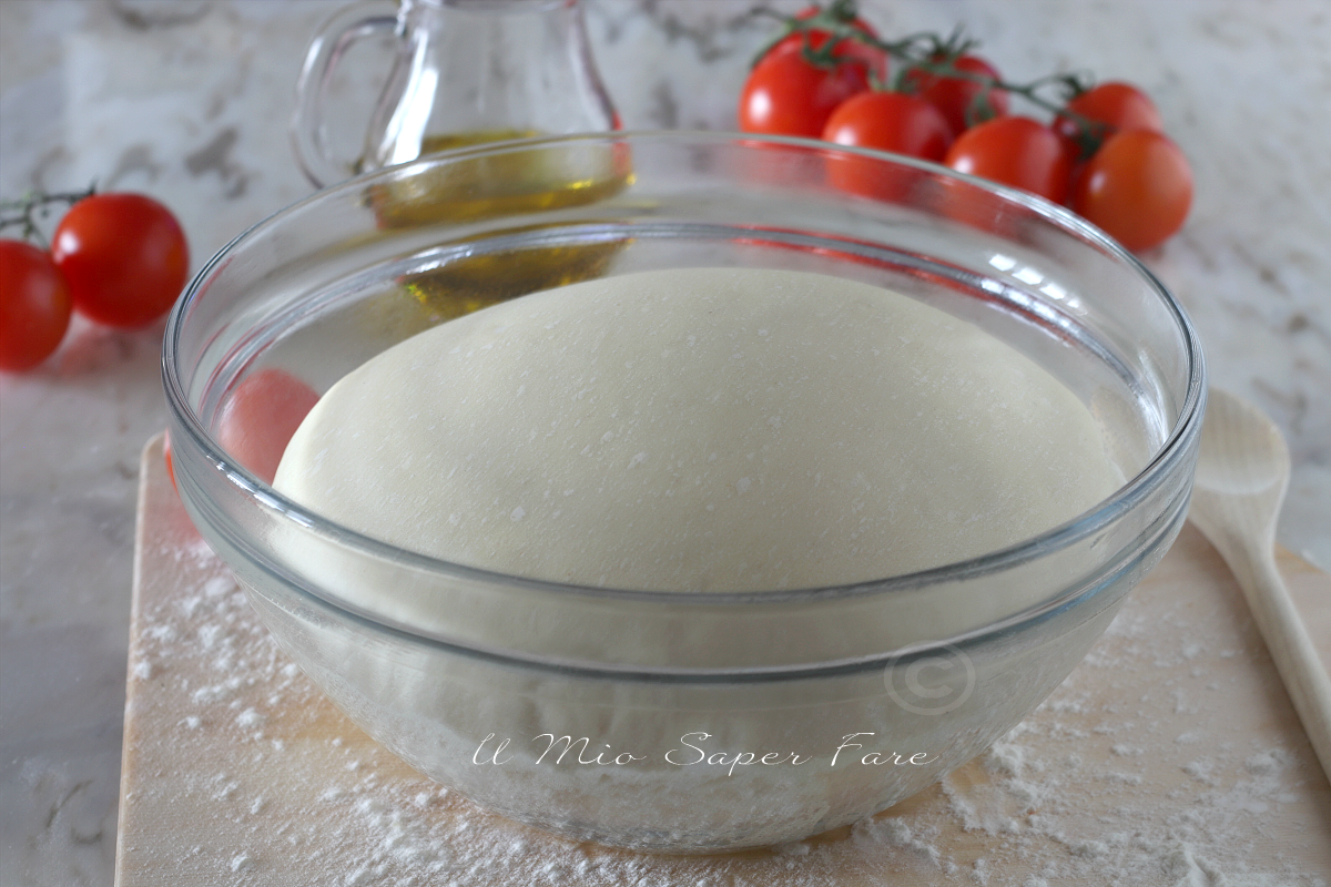Impasto pasta cresciuta per pizza facile e veloce ricetta il mio saper fare