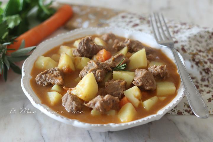 Spezzatino con le patate ricetta carne in umido tenera e succosa il mio saper fare