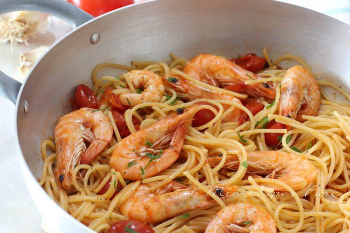 Spaghetti con gamberi e pomodorini ricetta primo piatto veloce il mio saper fare