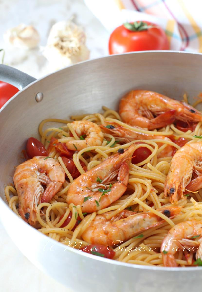 Spaghetti con gamberi e pomodorini ricetta primo piatto veloce for Primo piatto veloce