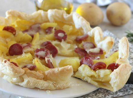 TORTA RUSTICA di PATATE e scamorza ricetta con PASTA SFOGLIA e salsiccia Casareccia Clai