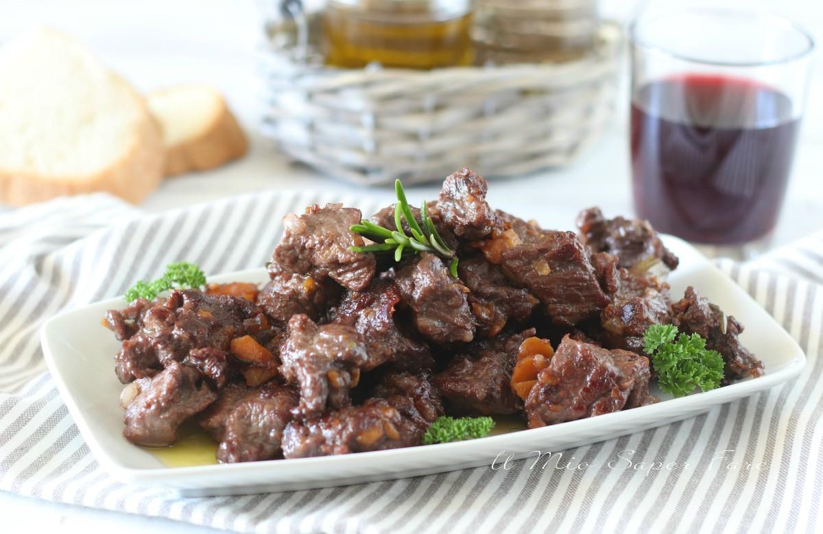 Carbonada di vitello ricetta stufato di carne al vino rosso il mio saper fare