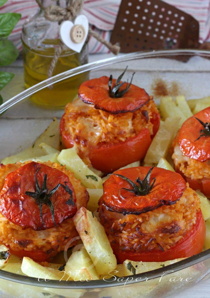 Pomodori ripieni di riso al forno con patate  ricetta il mio saper fare