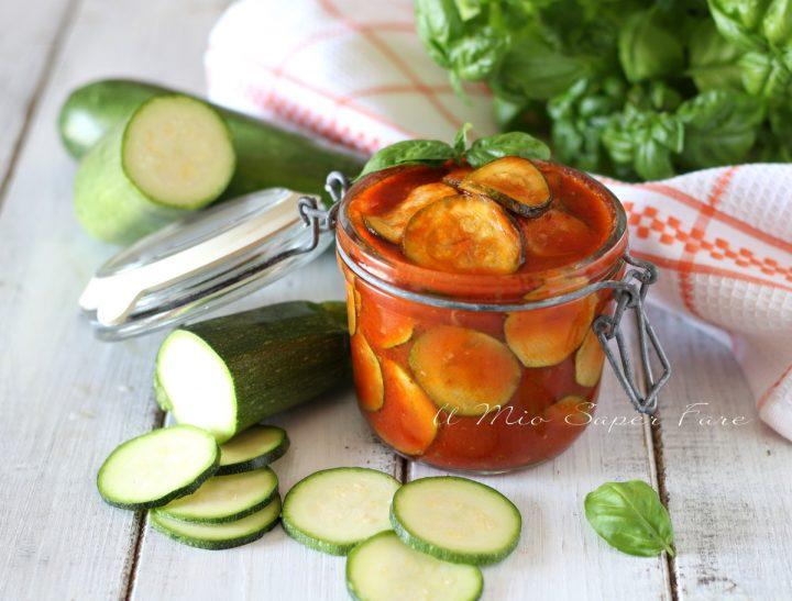 Conserva di zucchine al sugo ricetta il mio saper fare