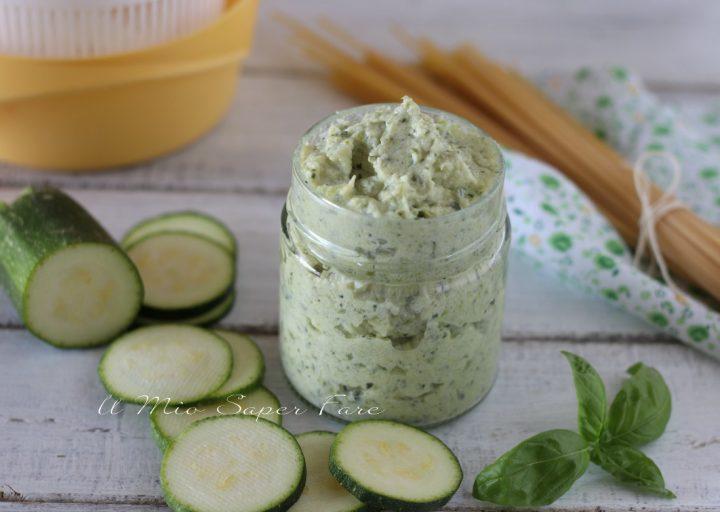 Crema di zucchine e ricotta sugo bianco per pasta ricetta anche Bimby