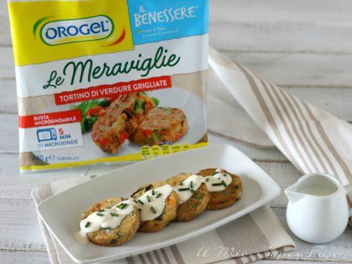Salsa al parmigiano con tortino di verdure grigliate