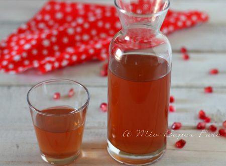 Liquore al melograno fatto in casa ricetta facile