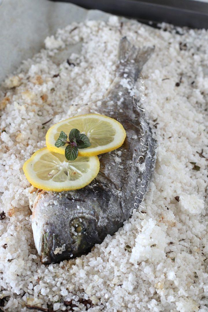 Ricette Pesce Orata Al Forno Sotto Sale.Orata Al Sale Ricetta Pesce Al Forno In Crosta Di Sale