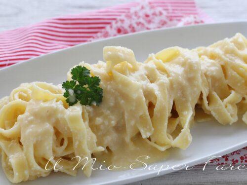 FETTUCCINE ALFREDO ricetta PASTA veloce con burro e parmigiano