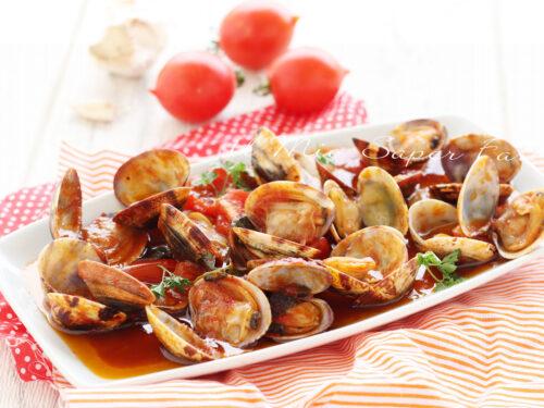 VONGOLE al SUGO ricetta antipasto e condimento per pasta