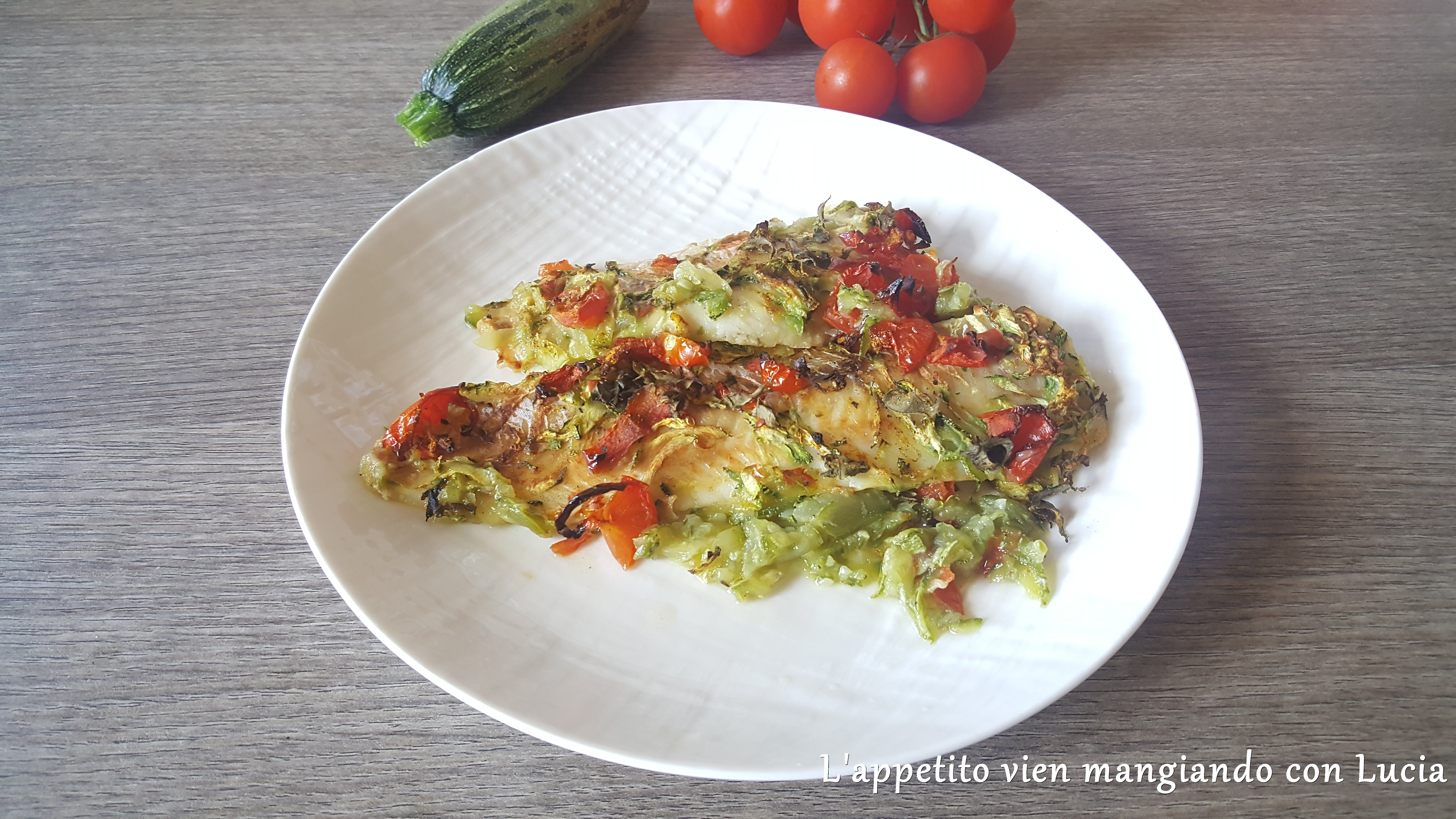 Merluzzo con zucchine e pomodorini