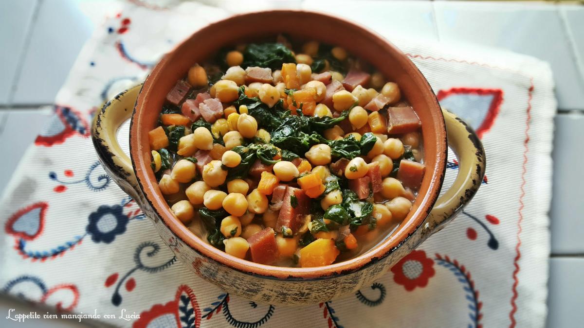 Zuppa di ceci con spinaci e speck