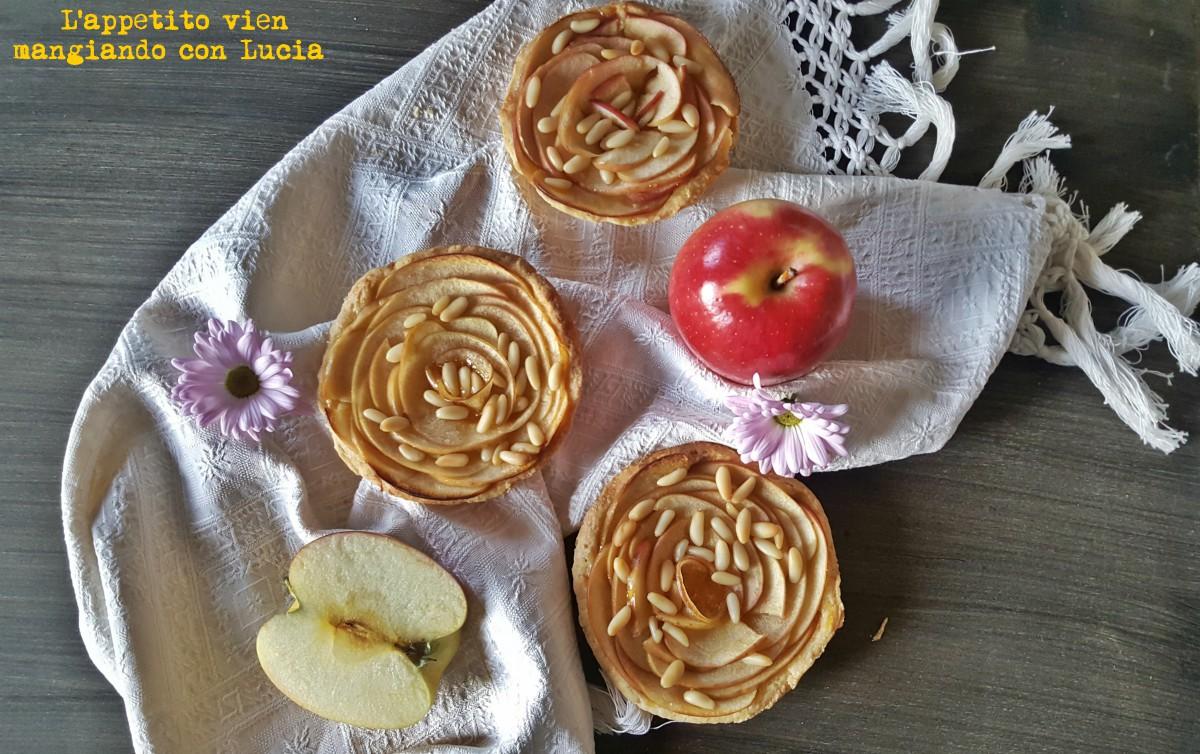 Crostatine alle mele con marmellata di albicocche
