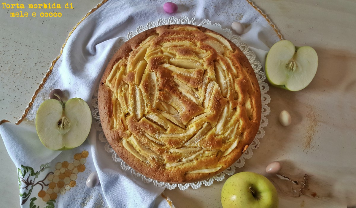 torta morbida di mele e cocco