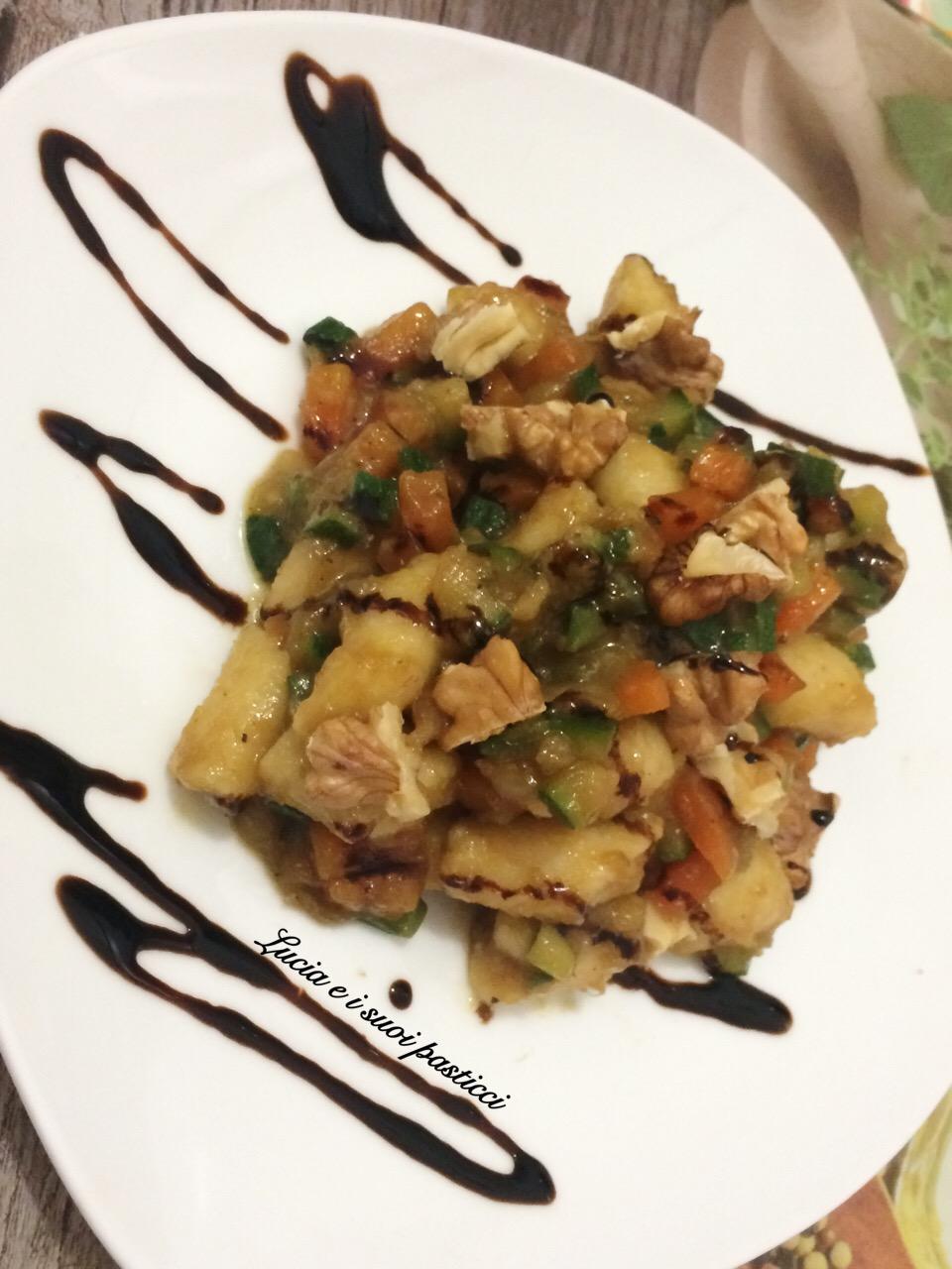 Gnocchetti di Cous Cous con verdure e noci croccanti