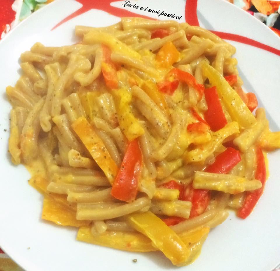Caserecce con crema di peperoni